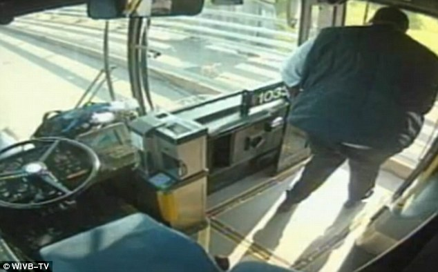 bus-driver3