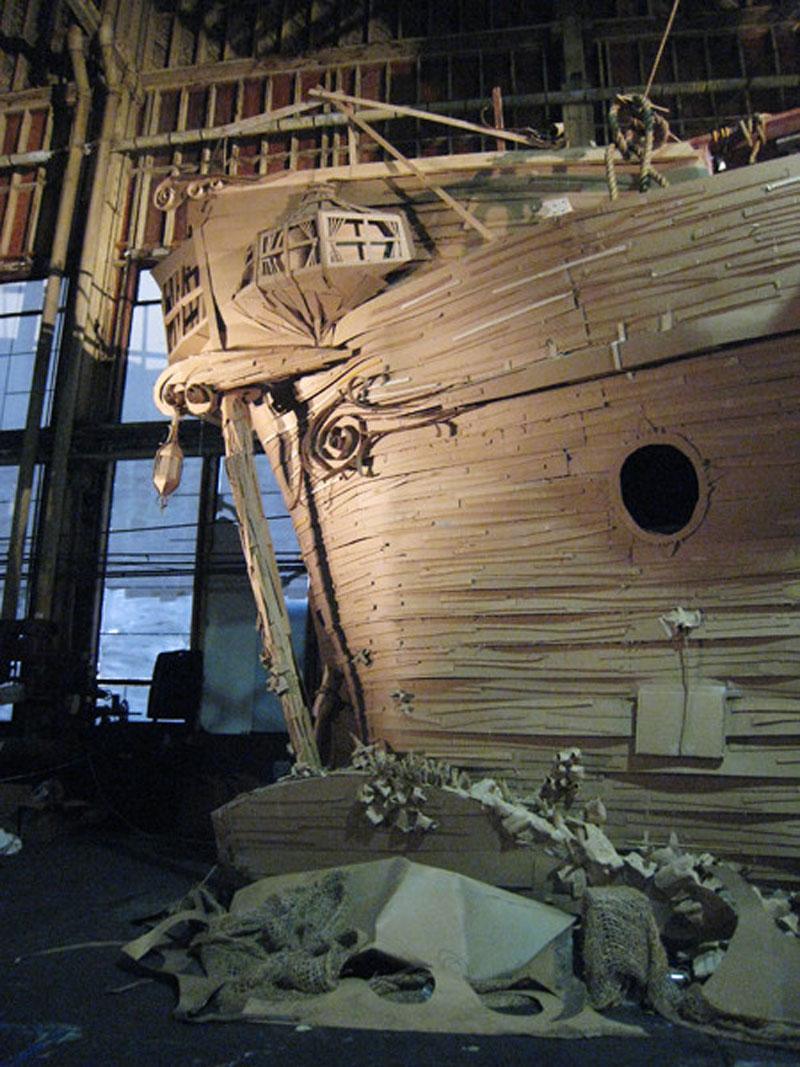 cardboard_ghost_ship_04