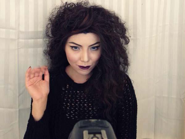 02-Lorde