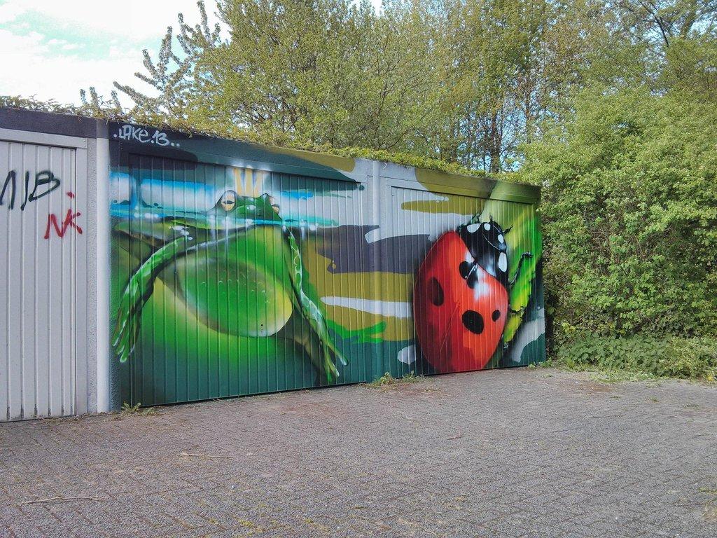 vandal-tagging (6)