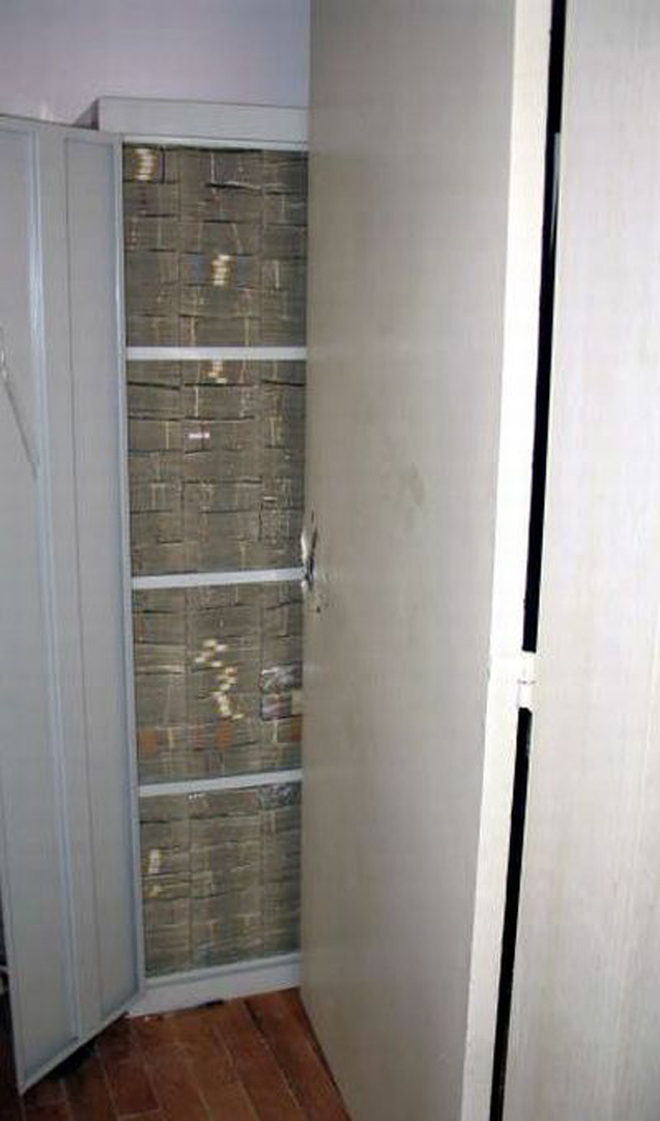 18-Another-cabinet-stack-tight-with-cash-all-100039s