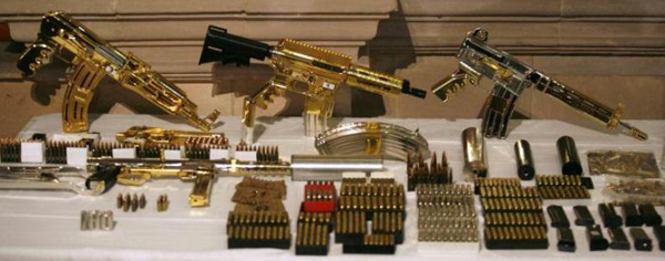 23-More-Gold-machine-guns-and-pistols-most-were-never-fired-just-held-for-collection-value