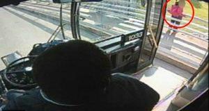 Denne kvinnen skulle ta selvmord. Helt til en vennlig bussjåfør stoppet og dette skjedde.