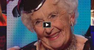 Denne 80 år gamle damen gjorde skam på skepsisen alle følte da hun entret scenen. Utrolig.