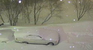 Russeren tok et bilde av bilen og gikk til sengs. Synet som møtte han dagen etter… Herregud.