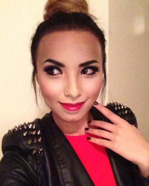 04-Demi-Lovato