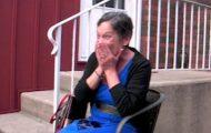 Dette er kanskje hennes siste bursdag. Hvordan vennene overrasket henne ga meg tårer i øynene.