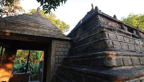 built-temple4