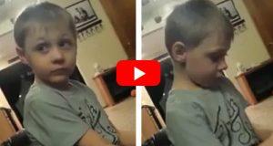 Han er bare 5 år og har allerede seriøse jenteproblemer… Slutten er uvurderlig.