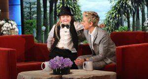Jeg satt med et vidt gap da jeg så hva denne 7-åringen på The Ellen Show var i stand til. WOW.