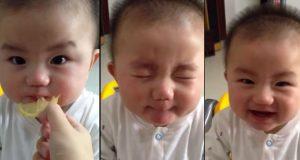 Denne babyen oppdager smaken av sitron for første gang, og reaksjonen hans er bedårende UVURDERLIG.