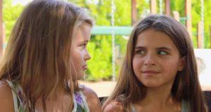 Disse slemme jentene mobbet henne først. Så hadde broren hennes noe på hjertet.