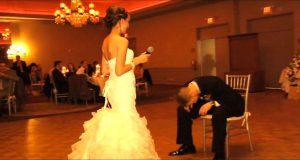 Da det gikk opp for denne brudgommen hva bruden var i ferd med å gjøre, klarte han ikke å holde seg samlet.