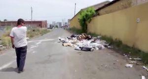 En fyr så en haug med søppel på gaten. På eget initiativ gjorde han noe unikt og innovativt med det.