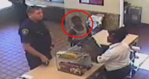 Han kjøpte cookies for en ukjent gutt. Ingen kunne forutsagt hva som kom til å skje rett etterpå.