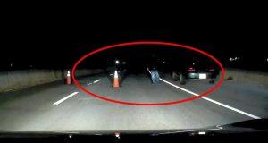 Han så noe da han kjørte som fikk ham til å stoppe helt opp… Dette er sinnssykt skremmende.