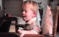 Da de satte denne blinde gutten foran pianoet, kunne jeg ikke holde tårene tilbake.