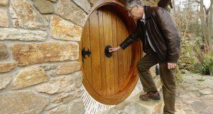 Dette Hobbit-hjemmet er enten galskap eller genialt. Ett kikk på innsiden og nå vil jeg bo der.