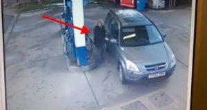 Hva en kvinne gjorde ved denne bensinstasjonen tar dumskap til et helt nytt nivå.
