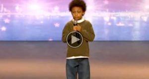 Denne 9 år gamle gutten har autisme, men når han begynner å synge vil hjertet ditt smelte.