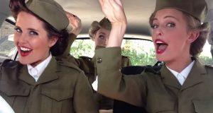 Spenn fast sikkerhetsbeltene! Disse jentene tar deg med på en musikalsk reise gjennom tidene.