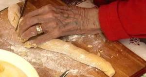 93 år gammel oldemor drar frem oppskriften fra den store depresjonen og lager DETTE.
