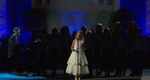 De sier hun har stemmen til en engel. Når du hører stemmen hennes? GÅSEHUD.