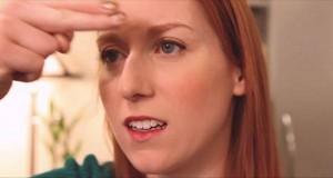 På under 20 sekunder viser hun oss et genialt triks for å bli kvitt nesetetthet.