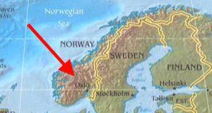 Han laget en video om Norge som ble sett av millioner. Jeg ler så tårene renner.