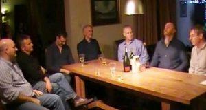 7 irske menn samles rundt et bord. Én begynner å synge, og når resten stemmer i? Gåsehud.