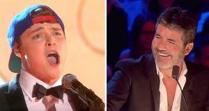 Han synger en Adele-hit, men på en hysterisk måte som gir alle latteranfall – til og med Simon.