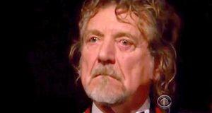 Han skrev «Stairway To Heaven» for 44 år siden. Her blir han tårevåt av å høre denne gjengivelsen av den.