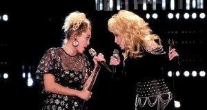 Dolly og Miley synger «Jolene». Men når DISSE slår følge med dem er gåsehuden komplett.