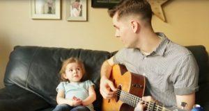 Pappa og datter på 4 år sett av over 33 millioner: Duetten deres stjeler alles hjerter.