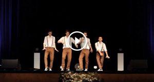 4 ungdommer danser til 60 talls-låt. Følg med på stegene når musikken plutselig endres.
