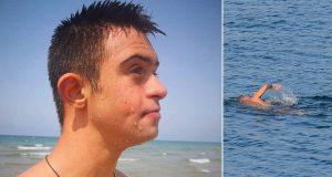 Gutt med Downs syndrom risikerte livet og hoppet i havet – grunnen spres nå i sosiale medier.