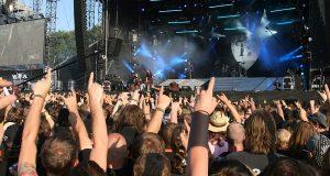 De to feststemte herrene rømte aldershjemmet for å gå på metalfestival.