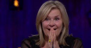 Elisabeth Andreassen bryter sammen når Lars Bremnes overrasker henne på denne måten.