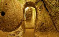 En mann skulle renovere hjemmet, oppdaget en tunnel… Til en massiv undergrunnsby.