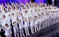 81 barn fremfører Queen-låten – får hele internett til å applaudere!