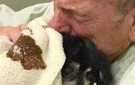 Denne mannen mistet sin elskede hund. Midt i sorgen døde han av et knust hjerte.