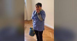 Vaskedamen ble sparket på grunn av COVID. Så får hun sitt livs overraskelse.