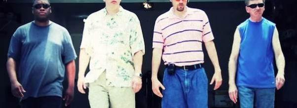 Fire fedre synger en original rap-sang om livene de lever – og det er hysterisk.
